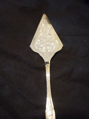 Silver Plated Wedding Cake / Pie Serve for Sale in Clarksville, TN