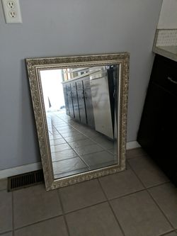Wall mirror for Sale in Normal,  IL