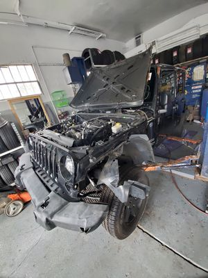 2017 jeep wrangler parting out for Sale in Oak Forest, IL