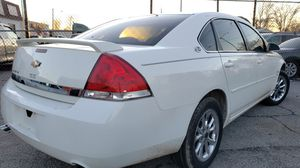 Chevy impala 2006 LT runs and drive, car is in good condition, asking price $3850 for Sale in St. Louis, MO