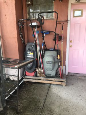 Lawn mower weed wacker (both) for Sale in Queens, NY