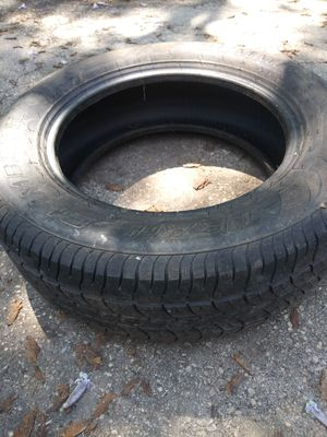 Tire 225/65 R17 trail climber for Sale in Philadelphia, PA