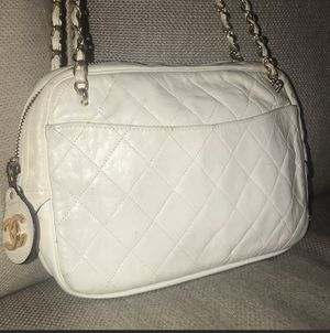 Authentic Chanel bag for Sale in Jamul, CA