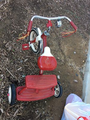 Toddler Tricycle for Sale in Madera, CA