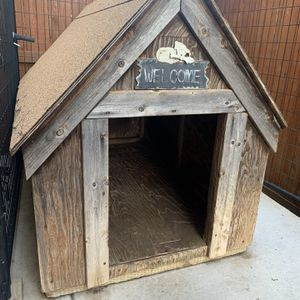Large Dog House for Sale in Fairfield, CA