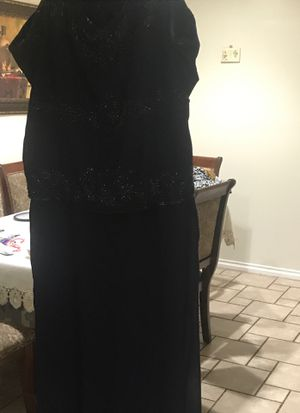 Long dress for Sale in Los Angeles, CA