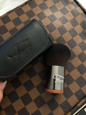 Buki makeup brush for Sale in Tulare, CA