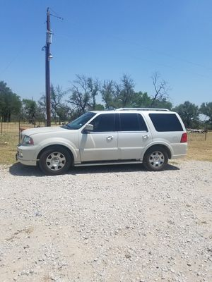 2006 Lincoln navigator for Sale in Mullin, TX