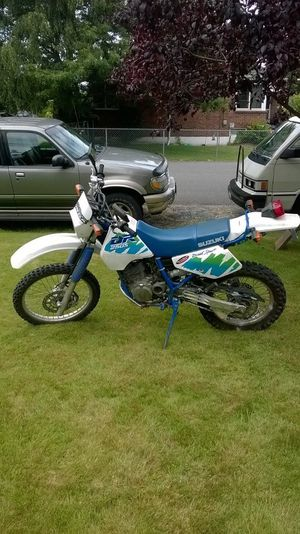 '95 Suzuki DR -250 dual sport for Sale in Seattle, WA