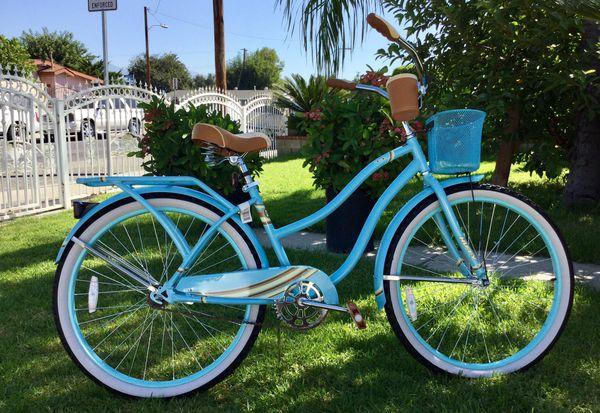 """Huffy Ladies 26"""" Nassau Cruiser Bike"""