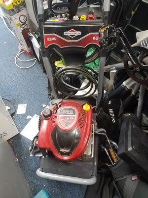 Briggs and Stratton pressure washer 675 Series 2500 PSI for Sale in Baltimore, MD