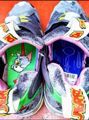 Reeboks : Tom & Jerry Limited Edition for Sale in Cambridge, MA
