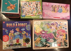 4 puzzles and 1 puzzle game for Sale in Norfolk, VA