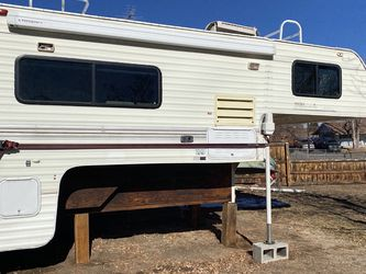 1998 Slide In Hallmark Camper for Sale in Aurora,  CO