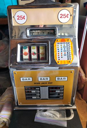 Working slot machine- recently refurbished for Sale in Mill Valley, CA