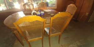 Dining Table 6 chair for Sale in Cathedral City, CA