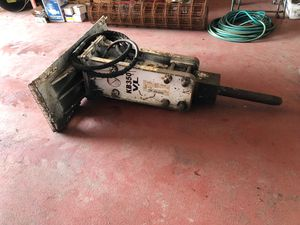3 year old bobcat hammer used 3 times asking 6500 obo for Sale in Chicago, IL