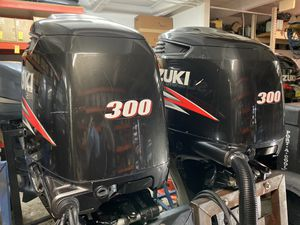 Pair of Suzuki 300 outboards for Sale in Hollywood, FL