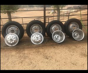 Ford 8lug dually wheels & tires for Sale in Dinuba, CA