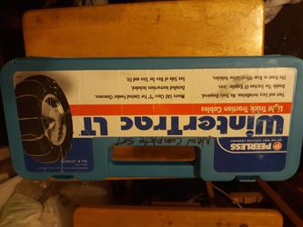 Snow Tire Cable Chains 15 16 17 LT for Sale in Sedro-Woolley,  WA