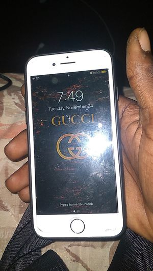 Unlocked IPhone 7 for Sale in Orlando, FL