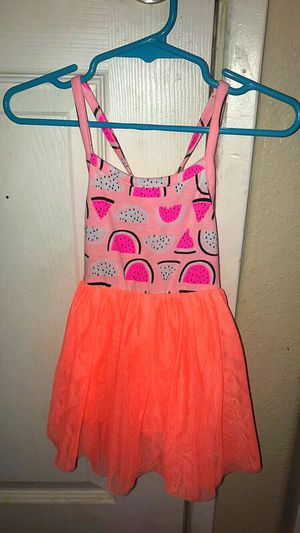 Baby girl watermelon dress 9 Months for Sale in Moreno Valley, CA