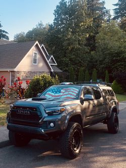 2017 Toyota Tacoma for Sale in Oregon City,  OR