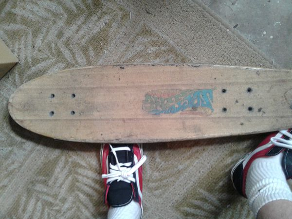 SKATEBOARD DECKS DIFFERENT BRANDS AND MODELS AND ONE COMPLETE