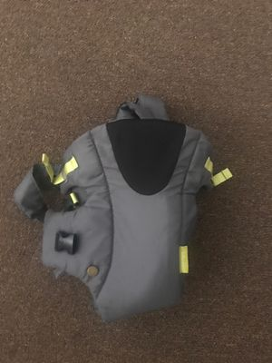 Baby Carrier for Sale in Painesville, OH