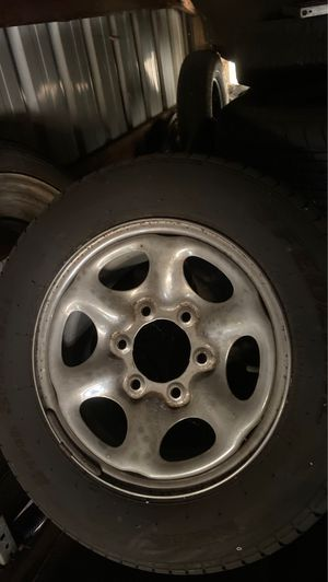 205/65/r15 tires and rims for Sale in Aberdeen, WA