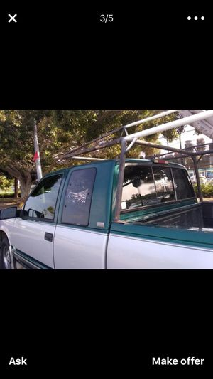 Clean title, 225 miles, 1995 Chevy Silverado in great condition for Sale in Los Angeles, CA