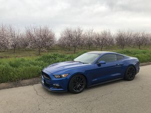 2017 mustang gt for Sale in Sanger, CA