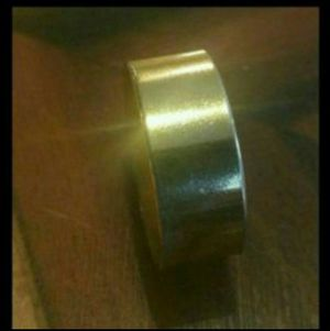 GOLD WEDDING BAND RING for Sale in Chicago, IL