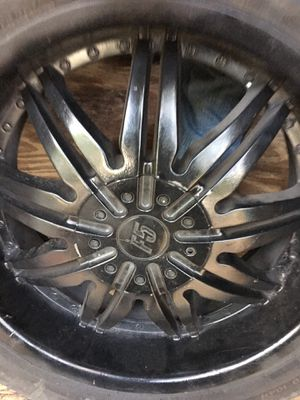 "20"". Good tires and rims for Sale in Waller, TX"