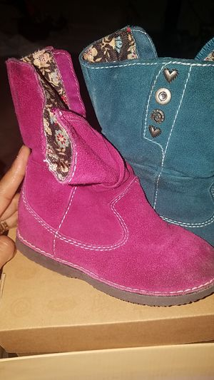 Boots 8, girls for Sale in Silver Spring, MD