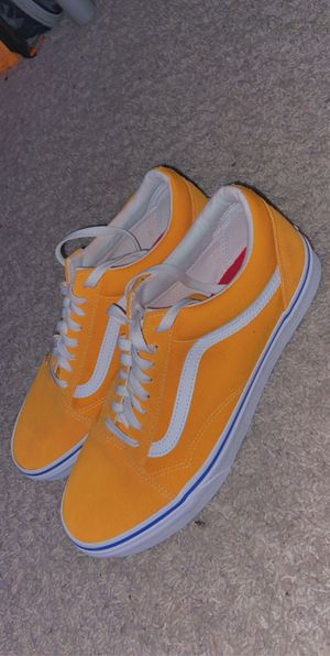 Orange Vans size 10.5 for Sale in Macomb, MI