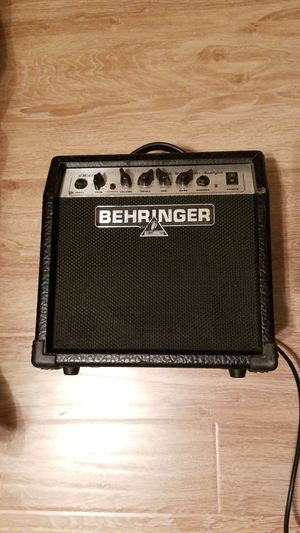 Behringer guitar amp 10 watt for Sale in League City, TX