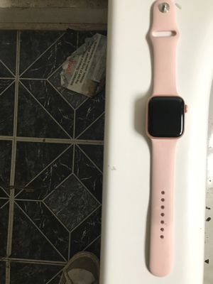 Apple Watch series se for Sale in Riverdale, IL