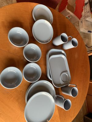 28 Piece Patio/outdoor dishes set for Sale in Columbia, MO