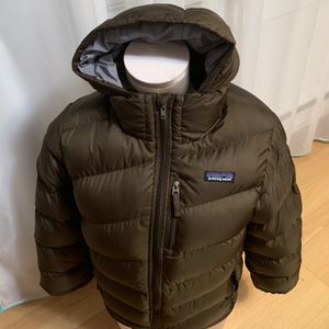 Patagonia Goose Down Jacket . Boys Size M(10) for Sale in Seattle, WA