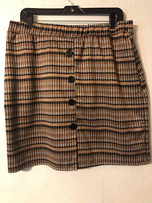 Houndstooth Pencil skirt for Sale in Austin, TX