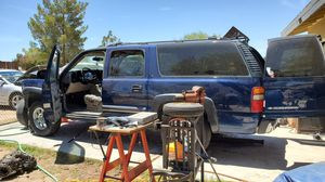 2001 chevy suburban make offer on parts yukon gmc for Sale in Hesperia, CA
