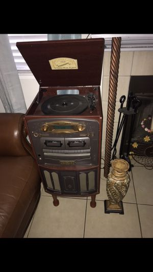 Record player for Sale in Bakersfield, CA