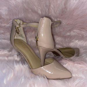 Heels for Sale in Ridgefield, WA
