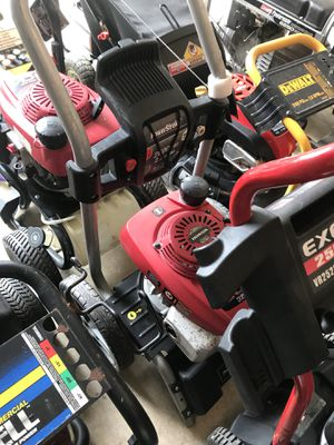 Many pressure washers lawnmowers except briggs and generators for Sale in Seattle, WA