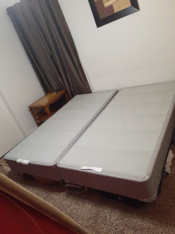 King bed 2 box 2 metal frame