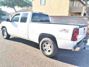 ****VERY LOW MILES!!***** 2004 Chevy Silverado LT 4x4!! 4 DOOR Truck Similar to dodge ram ford f150 nissan titan toyota tundra gmc sierra for Sale in Phoenix, AZ