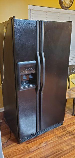 Kenmore Coldspot Fridge for Sale in Charlotte, NC