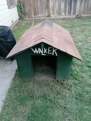 Large Dog House for Sale in Riverside, CA