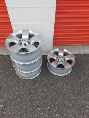 Nissan 6 lug rims for truck for Sale in Kenneth City, FL